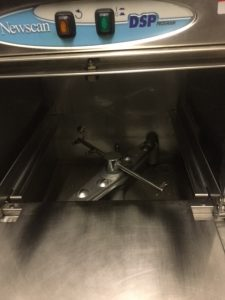 Newscan under counter glasswasher